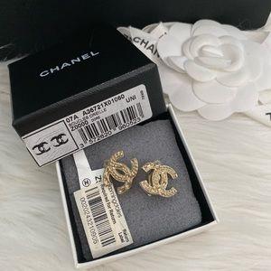 Chanel vintage clips on earrings